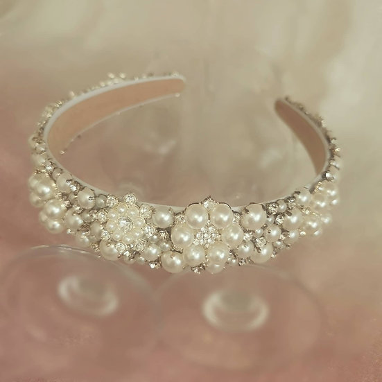Mother of pearl bridal crown