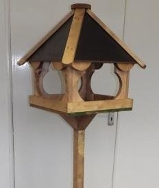 Stoneleigh Bird Table