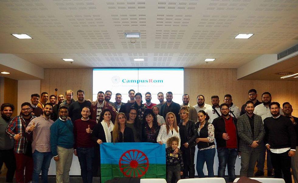 Fotografía de algunos integrantes de CampusRom Cataluña
