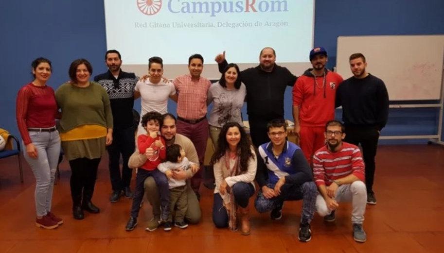 Fotografía de algunos integrantes de CampusRom Aragón