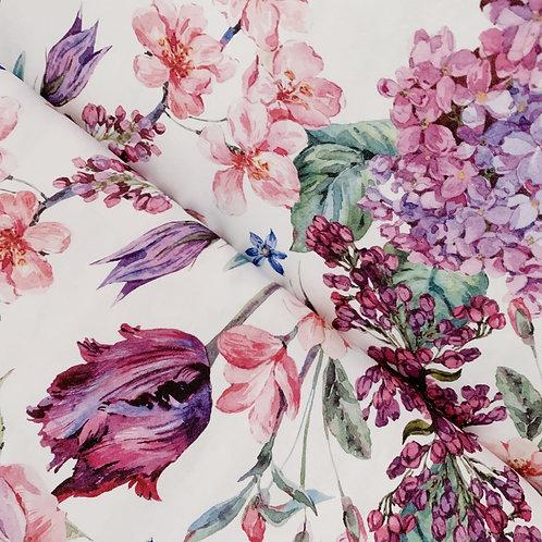 Weißer Bio-Jerseystoff mit bunten Blumen