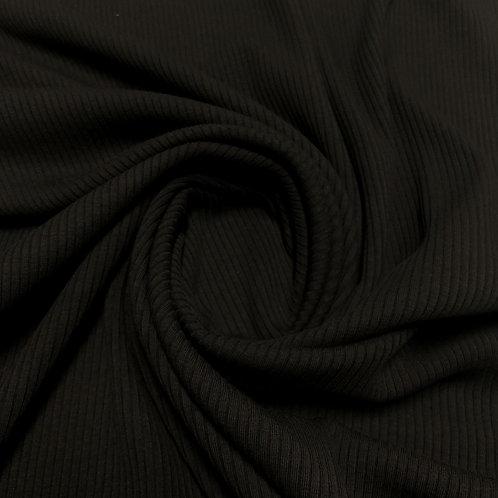 Schwarzer Rippenstrick, eingedreht