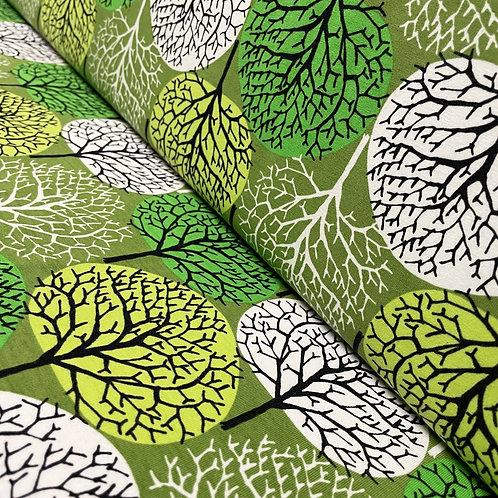 Jersey mit grünen Bäumen, auf der Rolle