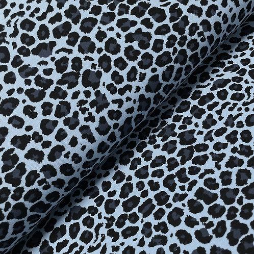 Jersey mit Leopardenprint in blau, auf der Rolle