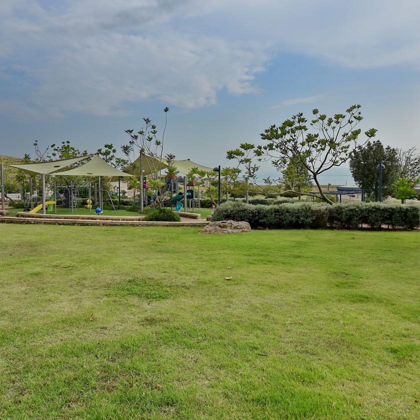פארק צמוד למלון סוויטות