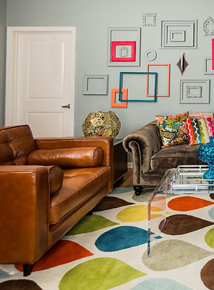 Mid Century Living Room with Multicolor Pictue Frames