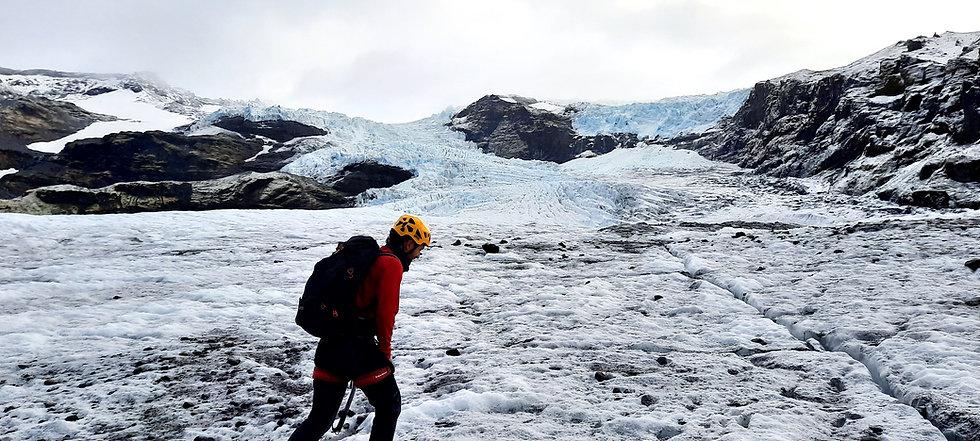 glacier walk iceland, glacier hike, ice climbing, nunatakadventures