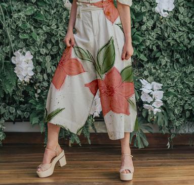 Large Florals Custom Seamless Pattern