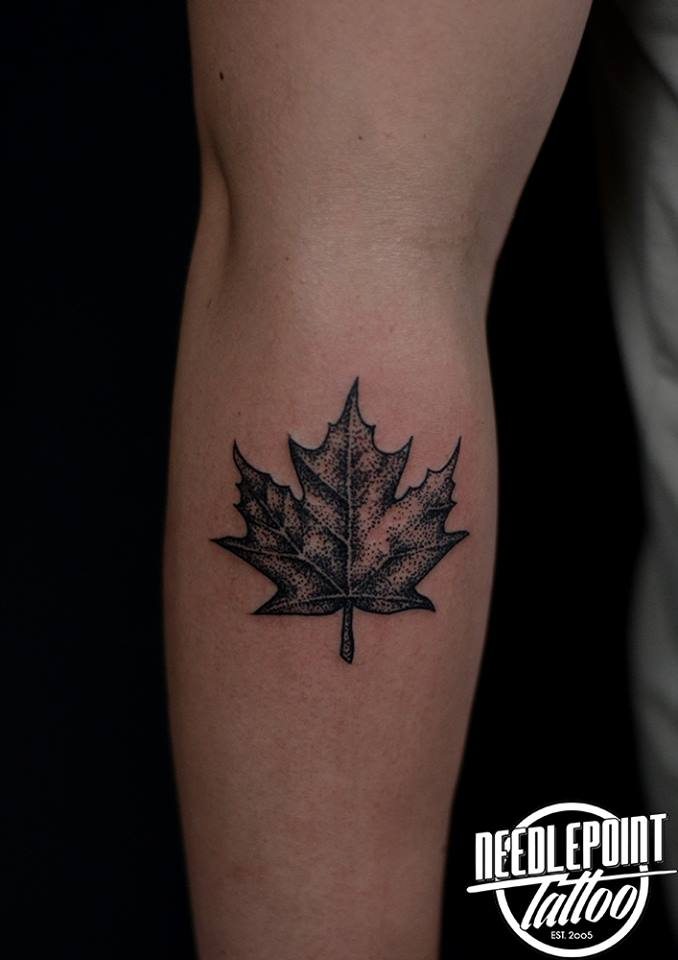 Pointillism mapple leaf tattoo