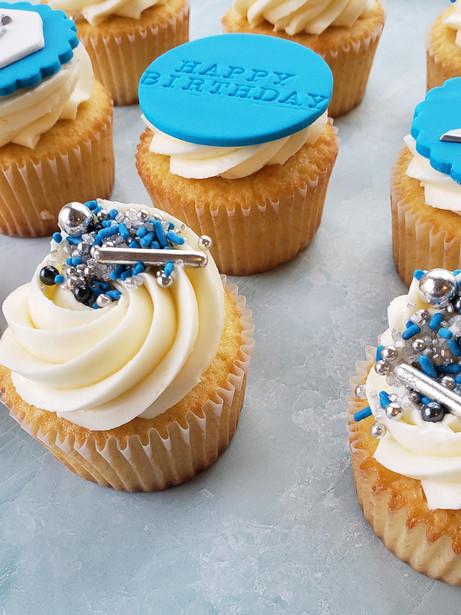 Birthday cupcakes by Cake NV