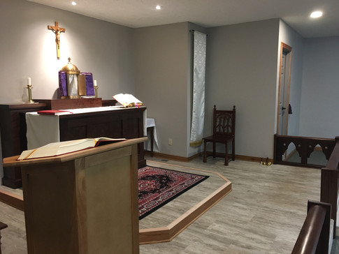 Side View of Altar and Leturn - Maunday Thursday 2019