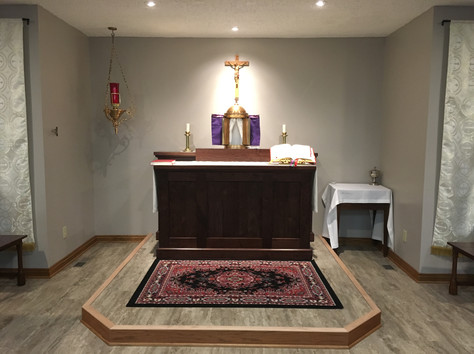 The Altar is Installed - Maunday Thursday 2019