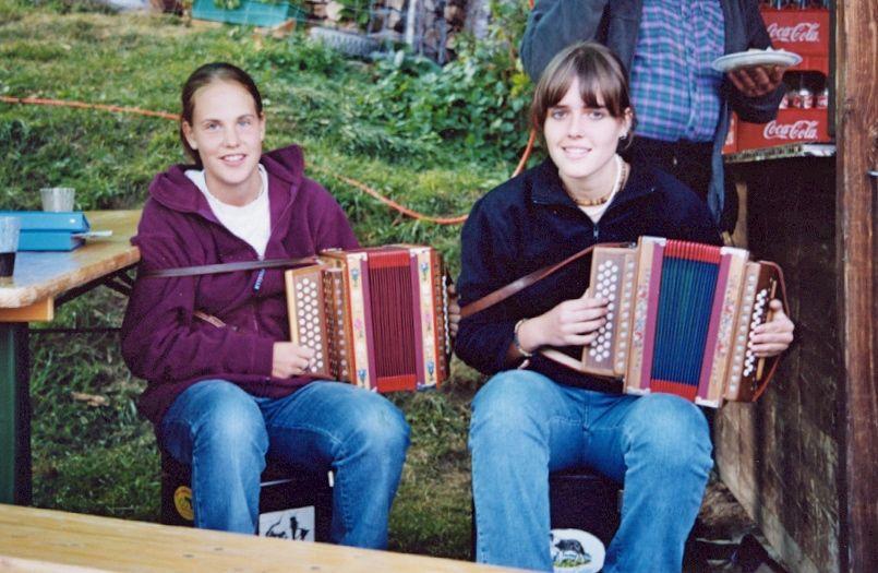 Walliser Schwarzhalsziegen 2004-2005 042.jpg