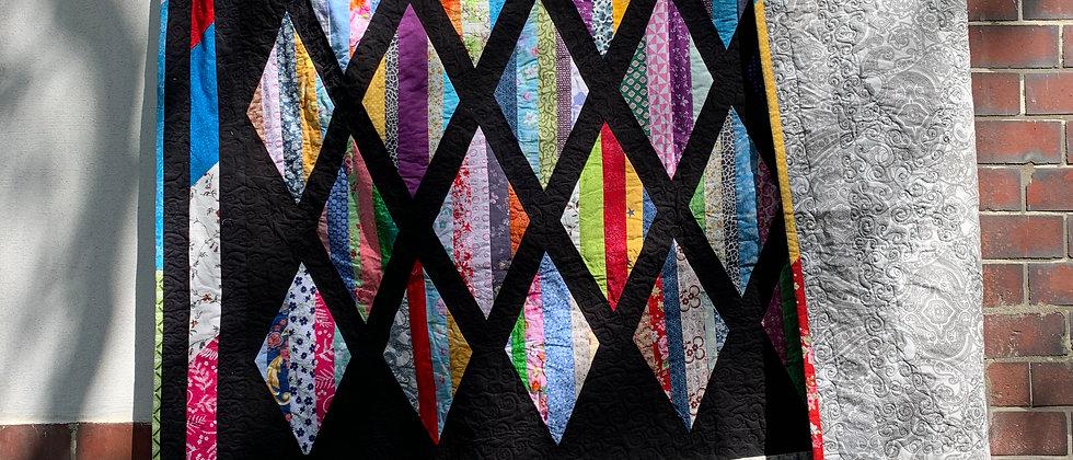 Jacke aus kunterbuntem Second Hand-Quilt