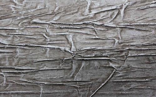 Vahallan Waves in Driftwood