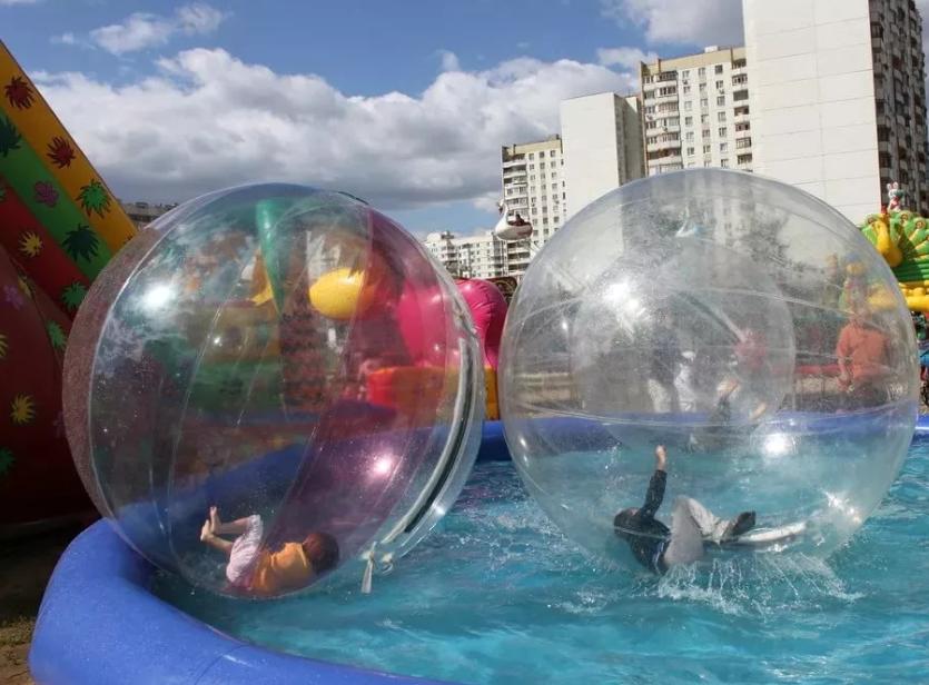 Надувной водный шар.png