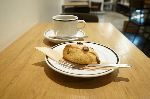 4/4 SEASONS COFFEE  四谷三丁目 スコーン