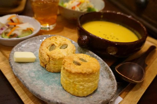 馬車道 sinha (シンハ) スコーン