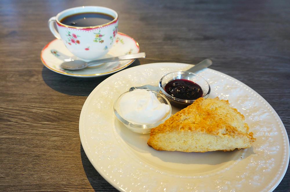 甲東園 SUNRISE COFFEE スコーン