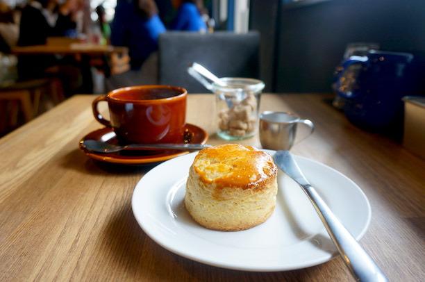 金町 cafe・hakuta スコーン