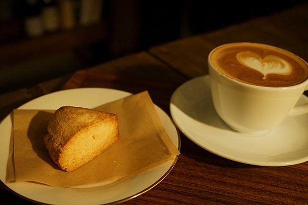 代々木八幡 ケーキとパン ホルン スコーン