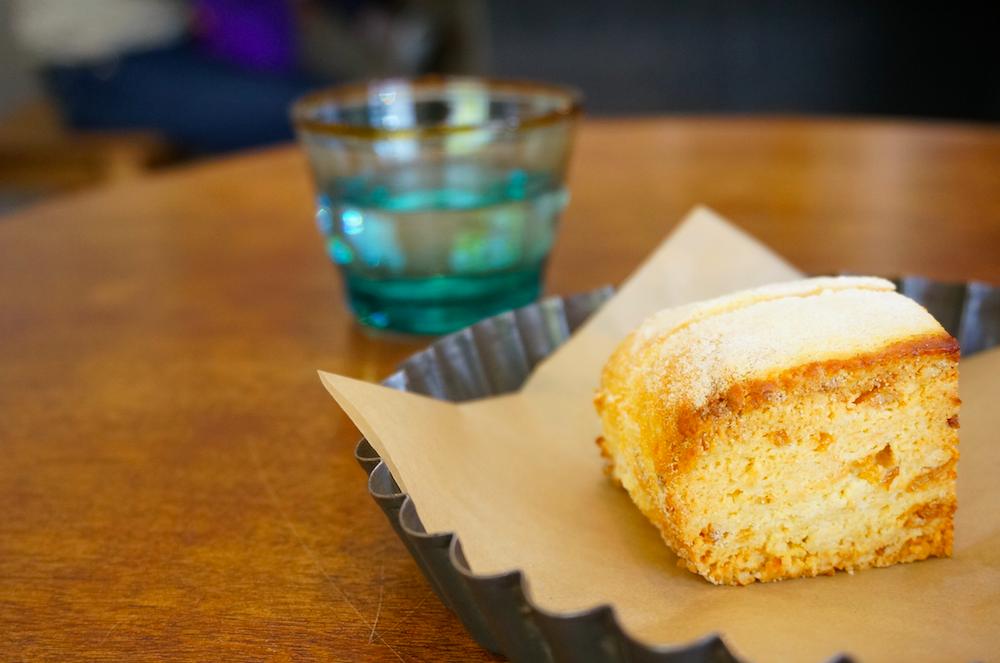 国立 パンとお菓子 mimosa スコーン