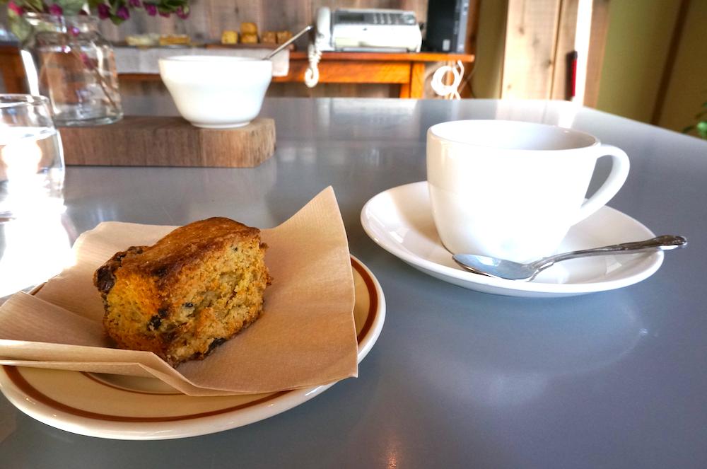 三鷹台 cafe maru スコーン