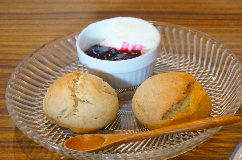浦和 cafe uwaito スコーン