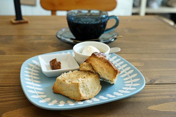 東中野 cafe 2u スコーン