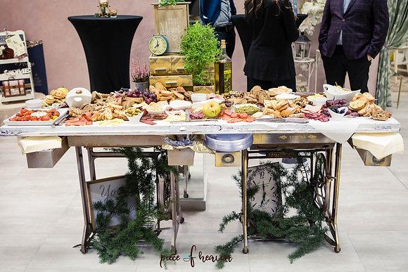Бар за сватбено парти - във Viktoria Bridal Studio, София
