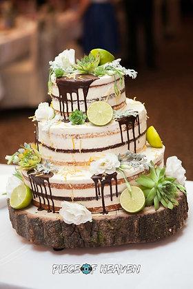 Сватбена торта брауни с лимон