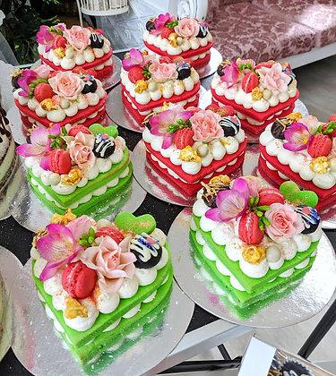 Бисквитени сърца торти - малки