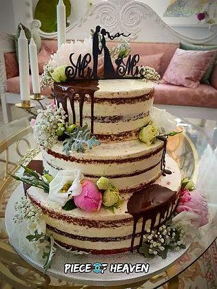 Сватбена брауни торта с чийзкрем