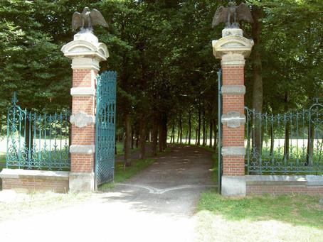 Wandel door het Abraham Ledeboerpark in Enschede