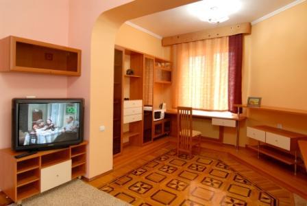 апартаменты, гостиная 2.jpg