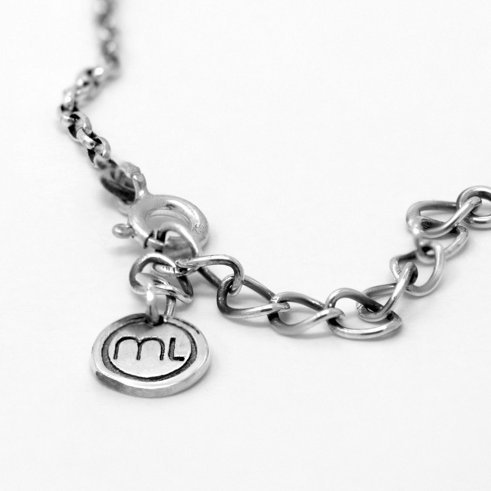 magpies-loot-silver-logo-design-martin-m