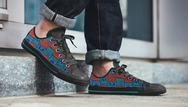 Pattern applied to trainers