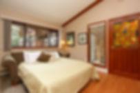 42-cottage-interior-feature.jpg