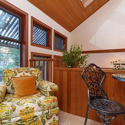 62-interior-feature_edited.jpg