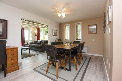 10-suite-dining-room_edited.jpg