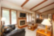 32-cottage-living-room.jpg