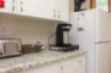 17-suite-kitchen.jpg