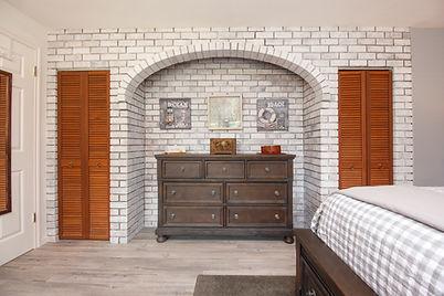 21-suite-master-bedroom.jpg