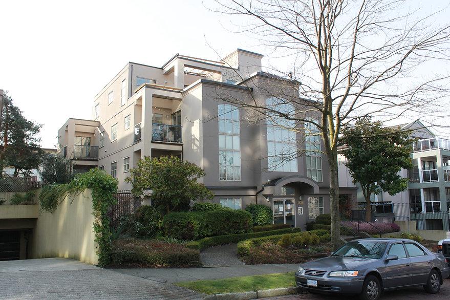 Skyview – 1828 Frances Street