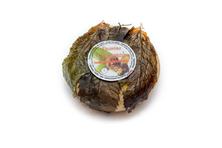 """""""Castagnolo"""" Pecorino affinato in foglie di Castagno"""