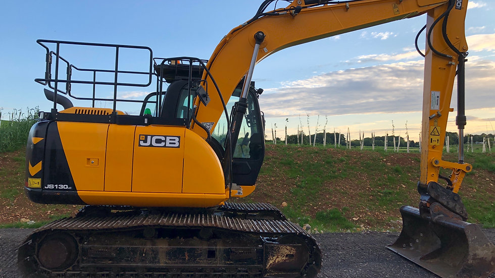 JCB JS130LC T4
