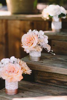 f5c50d02de1bdbec2fbb9be20ae0633d--sunflower-wedding-decorations-country-wedding-decorations