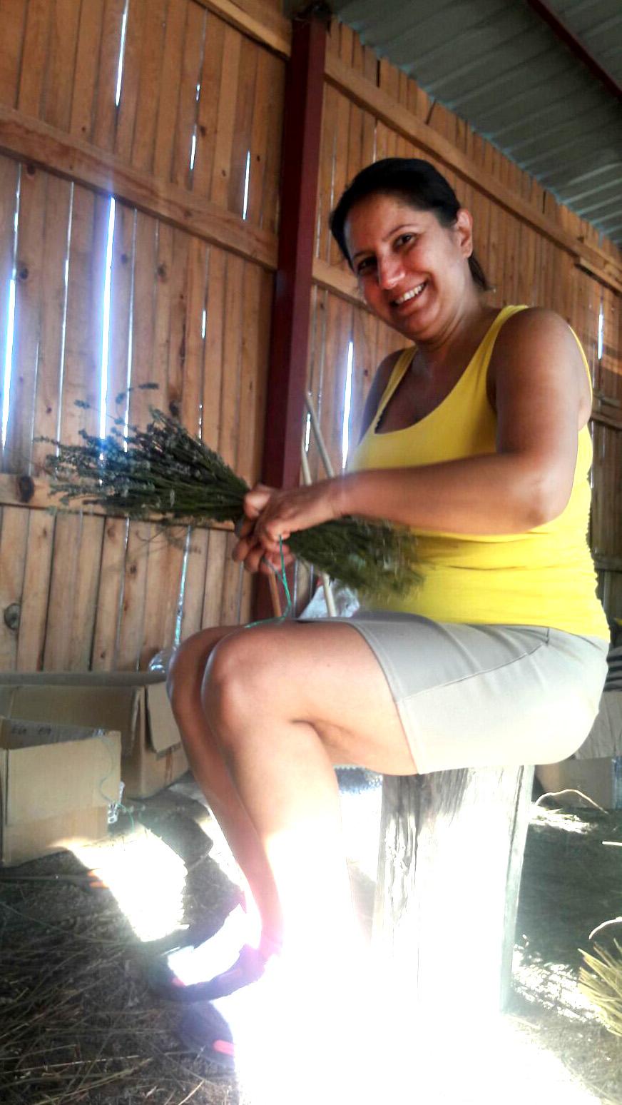 Nurten Kahraman - Lisinia Gönüllü