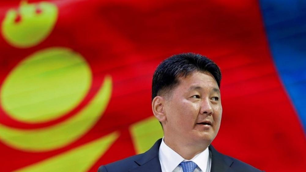 Moğolistan Devlet Başkanı Ukhnaagiin Khürelsükh