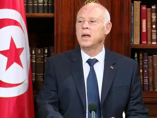 Tunus Cumhurbaşkanı, Başbakanı ve Meclisi Safdışı Bıraktı